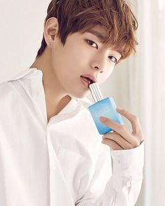 """☜❥ ❦ 160217 BTS w/ ceci ❦ © To the owner  #v #taehyung  #kimtaehyung ___ ↣ like my recents post & vid , if you haven't  omg he so """