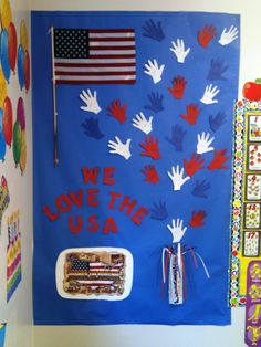 We Love the USA Bulletin Board This is a fun, fast, Patriotic Bulletin Board. I did this with my class last week and plan on keepi...