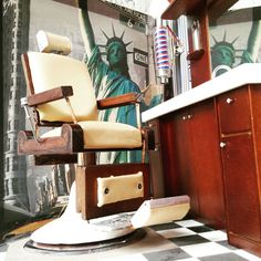 Miniature chair barber