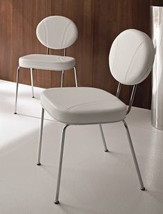 America Chair is like an old experience in the United States of 50s - 60s...but made in Italy!