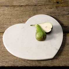 Marble heart board - the White co