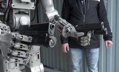 """RÚSSIA - Robô F.E.D.O.R - Nosso futuro nas Mãos do """"EXTERMINADOR DO FUTURO""""?"""