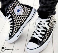 Converse Chuck Taylor All Star - Metal Spike - Sole Redemption Ebay Sneakers, Converse Sneakers, Converse Chuck Taylor All Star, Chuck Taylor Sneakers, Studded Converse, Glitter Converse, Black Converse, Punk Shoes, Spike Shoes
