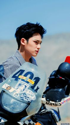 Kim Mingyu from Seventeen is actually my husbband ;