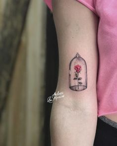 The idea of having inked definitely may seem extreme fun, doesn't it? Disney Tattoos Klein, Disney Tattoos Small, Small Tattoos, Mini Tattoos, Rose Tattoos, New Tattoos, Tatoos, Mum And Daughter Tattoo, Tattoos For Daughters