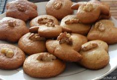 Medovníčky Doughnut, Muffin, Cookies, Breakfast, Desserts, Food, Basket, Crack Crackers, Morning Coffee