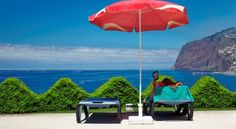 Offering a magnificent view to the Atlantic Ocean, the Golden Residence Hotel welcomes everyone wishing to spend some relaxing holidays at the charming South coast of Madeira Island!