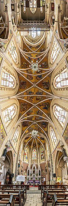 ˚Cathedral of the Holy Name - Mumbai, India