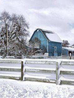Barn / Stable / Farm / Winter Landscape / Country / Snow / Blue Barn / - Lovin' the blue barn! Country Barns, Old Barns, Country Life, Country Living, Country Roads, Farm Barn, Country Scenes, Winter Colors, Winter Blue