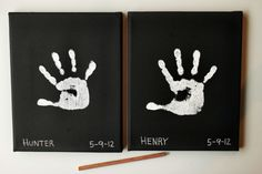 If there are little ones or grandkids around, mom like likely be thrilled to get these on Mother's Day!  Paint a canvas black and have the kiddos put a white handprint on them.  Easy-peasy!