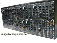 Analogue Synthesizer Moogulatorium - Analog synth vintage and future analogue synthesizer info Electronic Music Instruments, Musical Instruments, Music Sequencer, Foley Sound, Synthesizer Music, Analog Synth, Music Software, Recording Equipment, Audio Sound