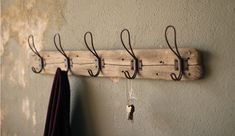 The Amber rack with hooks