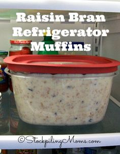Raisin Bran Refrigerator Muffins - use Moms Best Cereal Raisin Bran; Ill use applesauce and will not add extra raisins. Will add blueberries or other berries and some walnuts for a nice omega boost (although the cereal has a good amount of protein in it) Muffin Recipes, Brunch Recipes, Breakfast Recipes, Breakfast Muffins, Mini Muffins, 6 Week Bran Muffin Recipe, Refrigerator Bran Muffin Recipe, Baking Muffins, Dessert