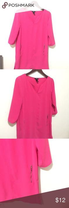 ❤️$ TO SELL HOT PINK V NECK TUNIC DRESS SIZE 12 ❤️ GREAT CONDITION BARELY USED DRESS SIZE 12 GORGEOUS BRIGHT COLOR V BECK TUNIC OR DRESS LEN 34 BUST 34  PLEASE ASK ANY QUESTIONS ❤️❤️NEW INVENTORY❤️❤️ ***DONT FORGET TO ASK FOR BUNDLE PRICES**  ✅ BUNDLE AND SAVE 20% OFF ANY BUNDLE MY PRICES ARE GREAT AND THERE NWT OR NWOT UNLESS STATED  THERE NAME BRAND SELLING THEM FOR CHEAP✅  ***DONT FORGET TO FOLLOW I DELETE AND RELIST***  # GREAT DEALS Tops Tunics
