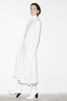 Woman-Editorials zara portugal all white outfit, white outfits, fall chic, Mode Lookbook, Fashion Lookbook, Zara Portugal, Fall Chic, All White Outfit, 2015 Trends, Latest Trends, Mode Editorials, Mode Inspiration