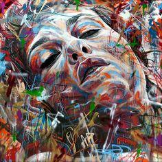 David Walker est un graffeur basé à Londres. Sa spécialité est de créer des superbes portraits aux couleurs explosives utilisant la peinture au spray. N'hésitez pas à faire un tour sur son portfolio pour en découvrir davantage.