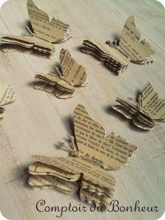 Réf: PAP/PAPER Papillons réalisés en papier ancien à déployer, ficelle de lin. Idéal pour un envol sur un mur en les fixant...