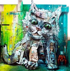 """Bordalo with his """"Trash Cat"""" in Portugal, 7/15 (LP)"""