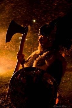 Up helly aa - scotland Up Helly Aa, Fire Festival, Germanic Tribes, Fire In My Soul, Interesting Information, Wearable Art, Festivals, Warriors, Vikings
