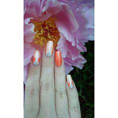 Inspired by @Basic.nails  #summernails #travelnails #nailsofintagram #nailswag #nailstagram #realnails #stripenailart #stripingnails #tapedesign #stripes #rose #ruusu #orangenails #longnails #nails #nailart #naildesign #nailartdesign #notd #nailsoftheday #kynsitaide #kynsikoristelut #sommarnaglar #kesäkynnet #texturepolish #girlynails #instanails
