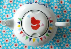 Medium/large sized bird and bunting teapot by Ninainvorm on Etsy, €54.00