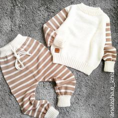 The Children/'s Place Sweater Baby 0-3 month Holiday Knit Sweater 75/% Off NWT New