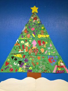 Classroom christmas tree - quick and easy! by carlani art plastique, winter Preschool Christmas, Noel Christmas, Christmas Crafts For Kids, Christmas Themes, Holiday Crafts, Christmas Prayer, Preschool Winter, Elegant Christmas, Scandinavian Christmas