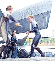 Sam and Josh Goofin Around | Community Post: Top 10 Moments From Behind The Scenes Of Catching Fire