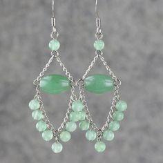 DIY chandelier earring pattern. Love the green.