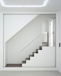 Contemporary Stairs Design 130