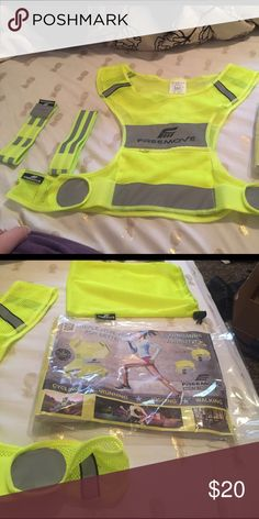 Freemove reflective vest Great for running/biking/hiking or anything you do in the dark! Brand new Other