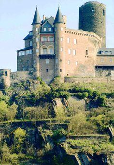 Katz Schloss Bergfried, St. Goar, Rheinland-Pfalz, Germany Copyright: Ray Anderson