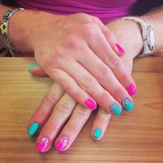 Polka dots are totally a thing this summer! Come into the shop and get some fun dots nail art gel manicure! Done at @SimpleSolitude in Vancouver, WA!