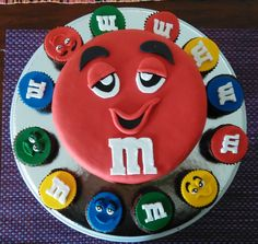 Cake M&M Cake, Food Cakes, Kuchen, Torte, Cookies, Cheeseburger Paradise Pie, Tart, Pastries