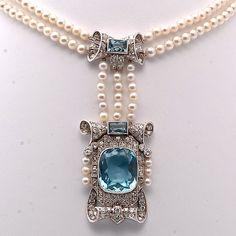 beautyblingjewelry:    Style Victorian pearl, aqu fashion love