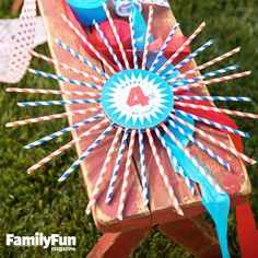 Straw-Spangled Wreath: Our downloadable template and simple technique make it easy to create a few of these fireworks-like decorations.