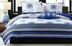 This is an amazing blue bedding! http://youraffiliatelink.com