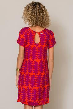 f236838e1e 24 excelentes imagens de vestido listradoCoisas para comprar em 2019 ...