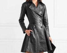 Etsy :: Jouw platform voor het kopen en verkopen van handgemaakte items Leather Jacket Dress, Trending Outfits, Coat, Unique Jewelry, Jackets, Clothes, Etsy, Dresses, Fashion