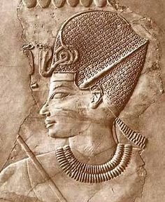 Ancient Egyptian tomb relief sculpture of King Amenhotep III with a crown, from the grave of Chaemhat, Thebes West. Ancient Egyptian Tombs, Ancient Egypt Art, Old Egypt, Egyptian Art, Ancient Artifacts, Ancient Aliens, Ancient History, European History, Ancient Greece