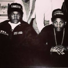 90s Artists, Hip Hop Artists, Ice Cube Rapper, Flat Bill Hats, Jay Z, The Past, Singer, American