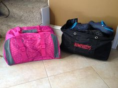Coming in April - Thirty-One has a brand new Duffle bag! Shown on left - bag on right is the Large Utility Tote (for size comparison) Has a separate pocket for sneakers! www.mythirtyone.com/DeniseSmith12