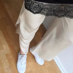 Karoliina in Toulon Trousers.  http://www.toteme-nyc.com/shop/ss16/toulon-trousers