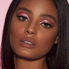 For your own upcoming eye makeup inspiration, we rounded up seven brilliant options for you that we got to watch come to life in real-time backstage. Glam Makeup, Pink Makeup, Girls Makeup, Bridal Makeup, Beauty Makeup, Hair Makeup, Hair Beauty, Glitter Makeup, Glitter Eyeshadow