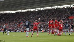 Manchester United's Juan Mata's superb free-kick meant the Premier League game at Southampton finished 1-1.