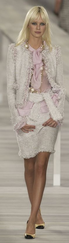<3Chanel ~ Spring White Knit Skirt Suit 2009