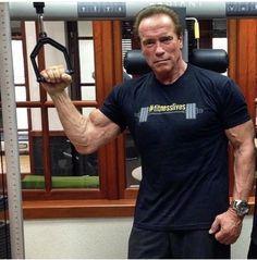 Mr Olympia, Bodybuilding Motivation, Arnold Schwarzenegger, Beautiful, Instagram, Mens Tops, T Shirt, January, Fan