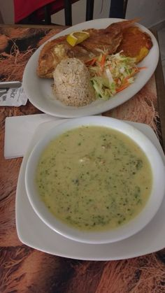 Receta de Sancocho de Pescado My Colombian Recipes, Colombian Food, My Recipes, Diet Recipes, Vegan Recipes, Island Food, Latin Food, Ketogenic Recipes, Food Dishes