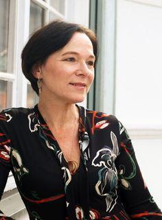 Zara Midikleid Samtblazer Stiefel Herbstlook LadyofStyle