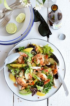 From The Kitchen: 'Gala' Prawn, Mango, Avocado & Chicken Salad with Spicy Peanut Dressing Prawn Salad, Avocado Chicken Salad, Tomato Salad, Avocado Salad, Mango Salad, Clean Eating, Healthy Eating, Healthy Food, Cooking Recipes